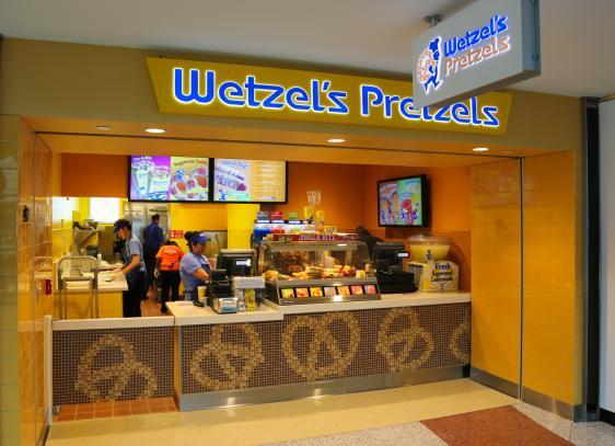 Wetzel's Pretzels | Denver International Airport