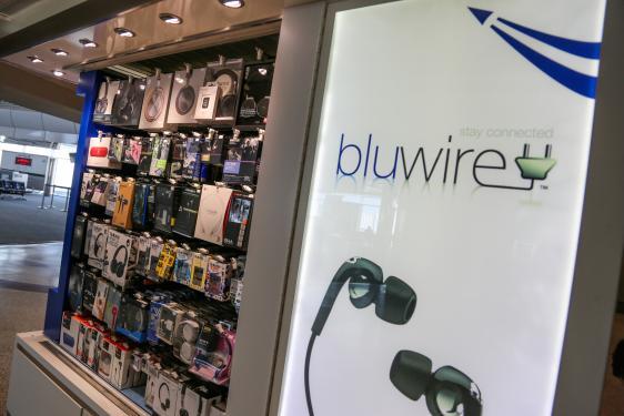 bluwire denver international airport. Black Bedroom Furniture Sets. Home Design Ideas